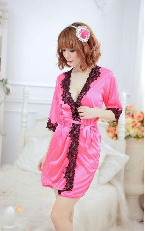 Kimono L110 Pink  Harga Rp 95.000,- Termasuk G string dan ikat pinggang. bahan silky, P=74cm